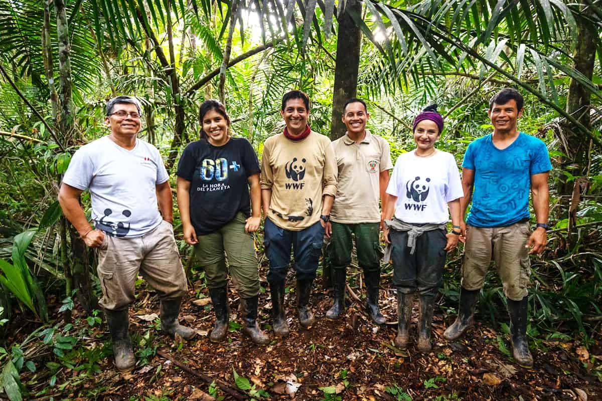 WWF Mitarbeiter*innen bei Jaguar Monitoring