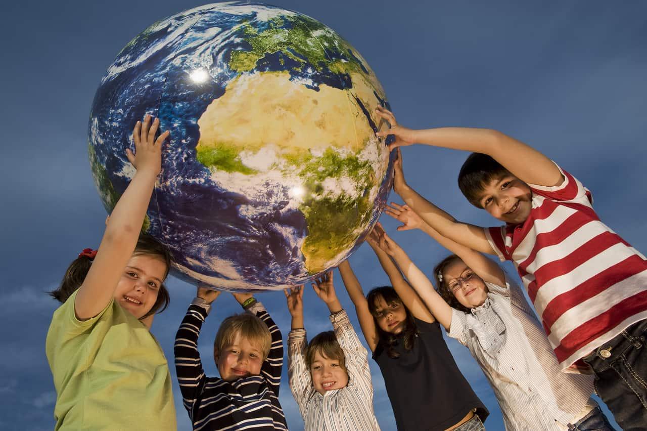 Die Zukunft der Welt liegt in den Händen der Kinder