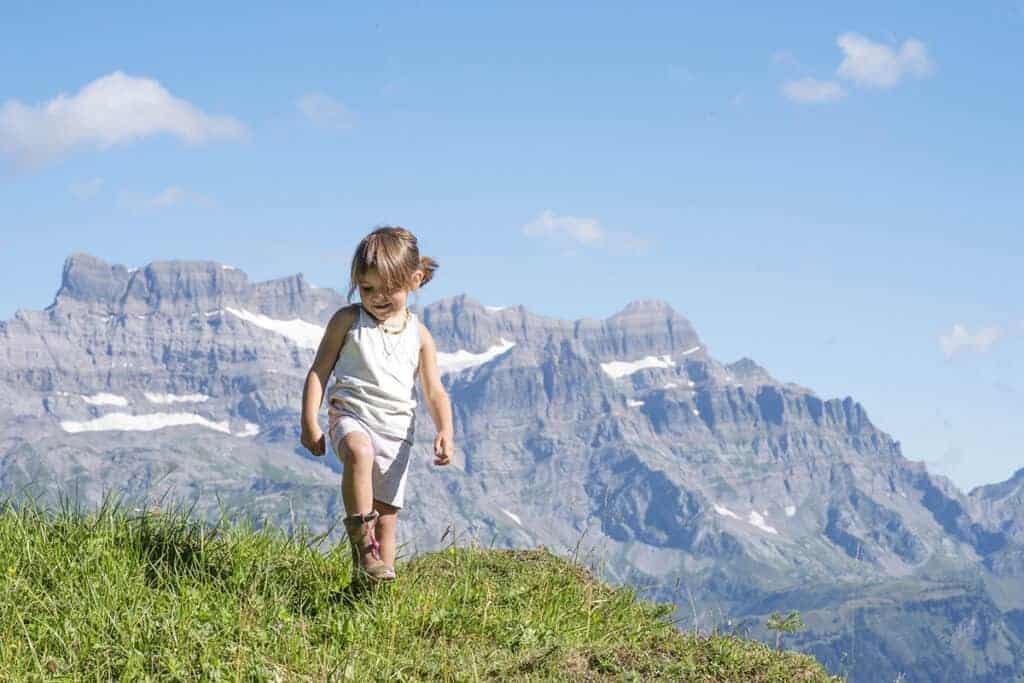 Kind in den Bergen/ © Pixabay