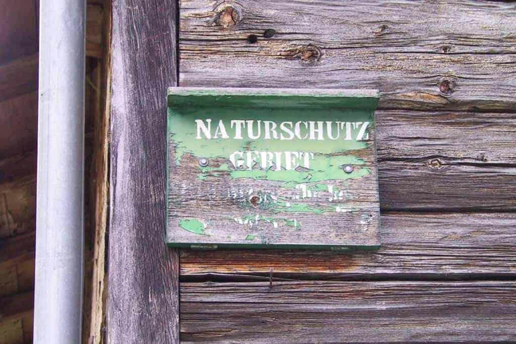 Tafel Naturschutzgebiet/ © WWF/Hermann Sonntag